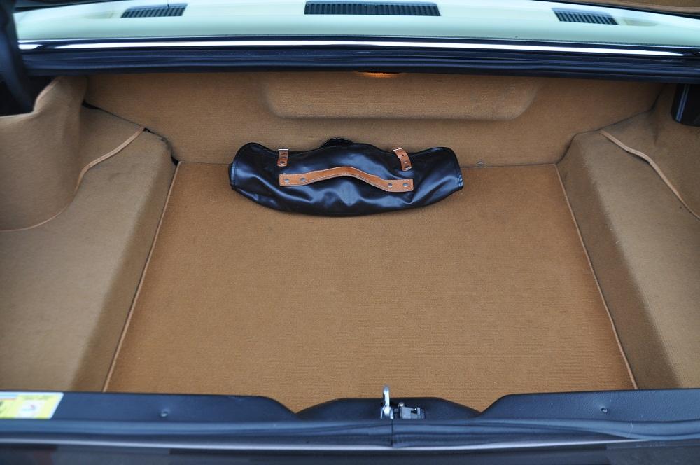 F412 Kofferraum