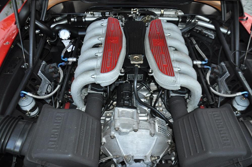 512 TR Motor1